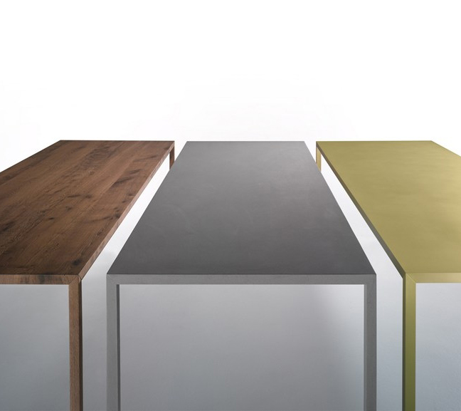 Habitat / Tables / Tense materiel